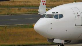Geschäfts-Jet-mit einem Taxi fahren PrivatAirs Boeing stock video