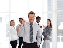 Geschäfts-Team, das Erfolg feiert Stockbild