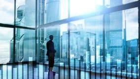 Geschäfts- und Finanzdiagramm auf unscharfem Hintergrund Handels-, Investitions- und Wirtschaftskonzept lizenzfreie stockfotografie
