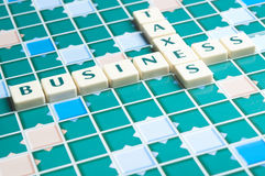 Geschäfts- und Steuerwort bildete brieflich Stücke Stockfotos