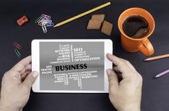 Geschäfts-Wort-Wolke Text auf Tablettengerät Lizenzfreie Stockfotografie