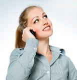 Geschäftsdame bei den Telefonaufrufen Stockfoto