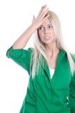 Geschäftsdruck: frustrierte recht junge Frau in der grünen Bluse Stockbilder