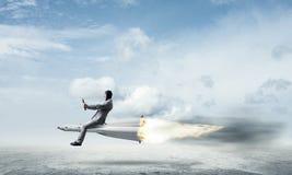 Geschäftserfolg und Zielleistungskonzept lizenzfreie stockbilder