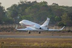 Geschäftsflugzeugstart Lizenzfreie Stockfotografie