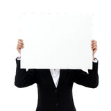 Geschäftsfrau-Abdeckungsgesicht mit Anschlagtafel Lizenzfreie Stockfotos
