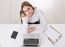 Geschäftsfrau bei der Arbeit Stockbilder