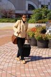 Geschäftsfrau in der Stadt Stockbild