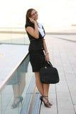 Geschäftsfrau in der Stadt Lizenzfreies Stockbild