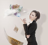 Geschäftsfrau, die auf das Ziel zeigt Lizenzfreie Stockfotografie