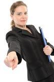 Geschäftsfrau, die auf Sie zeigt. Lizenzfreie Stockfotos