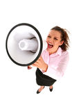 Geschäftsfrau, die durch Megaphon schreit Lizenzfreie Stockbilder