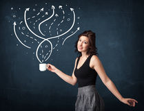 Geschäftsfrau, die eine weiße Schale mit Linien und Pfeilen hält Stockbild
