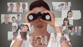 Geschäftsfrau, die nach neuen Angestellten sucht stock video footage
