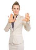 Geschäftsfrau, die Perspektiven erklärt Lizenzfreie Stockfotografie
