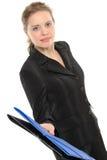 Geschäftsfrau, ein Faltblatt gebend Lizenzfreie Stockfotos
