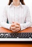 Geschäftsfrau in einer bossy Stellung stockfotografie