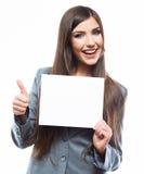 Geschäftsfrau-Grifffahne, weißes Hintergrundporträt Daumen u Lizenzfreie Stockfotos