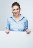 Geschäftsfrau, leeres Brett lokalisiertes Porträt Stockfotos