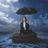 Geschäftsfrau mit Arbeitsproblemen Stockfotos