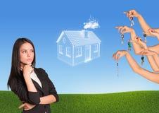 Geschäftsfrau mit beunruhigenden Augen Lizenzfreies Stockfoto