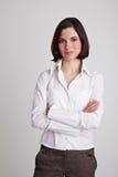 Geschäftsfrau mit den Armen kreuzte Stockbild
