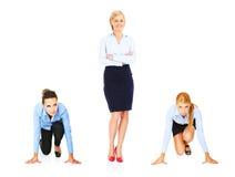 Geschäftsfrau mit drei Jungen Lizenzfreie Stockfotos