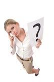 Geschäftsfrau mit Fragezeichen Stockfotos
