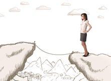 Geschäftsfrau mit gezogenem Rand des Berges Lizenzfreies Stockfoto