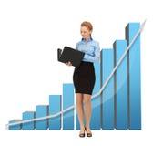 Geschäftsfrau mit großem Diagramm 3d und Ordner Lizenzfreies Stockfoto
