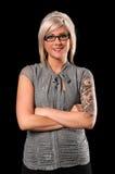 Geschäftsfrau mit Tätowierungen und Durchdringen Lizenzfreies Stockbild