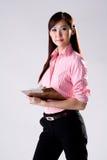 Geschäftsfrau-Schreibensanmerkungen Stockfotografie