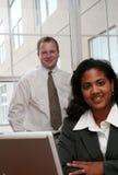 Geschäftsfrau und Geschäftsmann Lizenzfreie Stockfotos