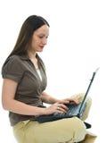 Geschäftsfrau und Laptop Lizenzfreie Stockfotografie