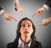 Geschäftsfrau unfair getadelt stockbilder