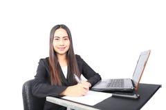 Geschäftsfrau werden auf Papier geschrieben Lizenzfreie Stockfotografie