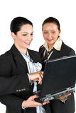 Geschäftsfrauarbeit über Laptop stockbilder