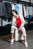 GeschäftsfrauBekleidungsgeschäft stockfotografie