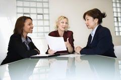Geschäftsfrautreffen Lizenzfreies Stockfoto