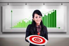 Geschäftsfrautreffenziel-Gewinnverkäufe stockfoto