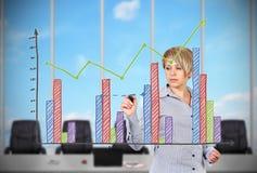 Geschäftsfrauzeichnungsdiagramm stockfoto
