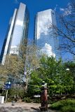 Geschäftsgebäude im Finanzbezirk von Frankfurt Lizenzfreies Stockfoto