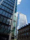 Geschäftsgebäude im Finanzbezirk von Frankfurt, Deutschland Lizenzfreie Stockfotos