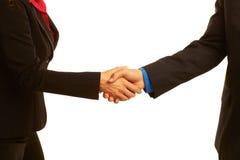Geschäftshändedruck, der das Abkommen versiegelt Lizenzfreies Stockbild