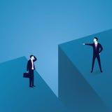 Geschäftskommunikations-Problem Zwei Geschäftsmänner getrennt durch großes Gap Stockfotos