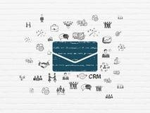 Geschäftskonzept: E-Mail auf Wandhintergrund Stockbilder