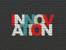 Geschäftskonzept: Innovation auf Wandhintergrund Lizenzfreies Stockbild