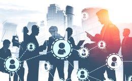 Geschäftsleute in der Stadt, Soziales Netz stockfotos