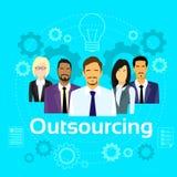Geschäftsleute, die Team Diverse Group auslagern Lizenzfreie Stockfotografie