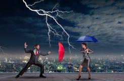 Geschäftsleute Kämpfen Stockbilder